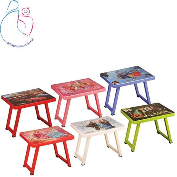 میز تحریر آذر ساتراپ